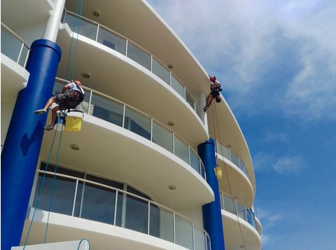 quality commercial painting